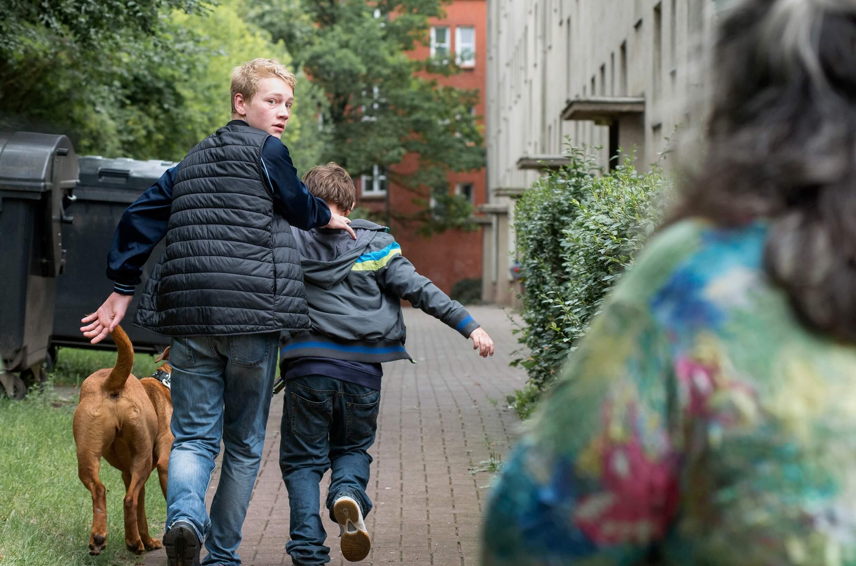 Tatort borowski und die kinder von gaarden21 tatort fans for Die kinder des